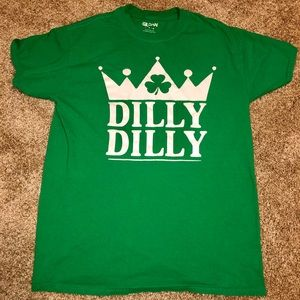 Men's Dilly Dilly St Patrick's Day T-Shirt Medium